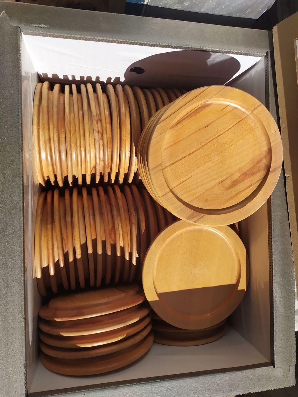 Продам деревянные тарелки, диаметр 26