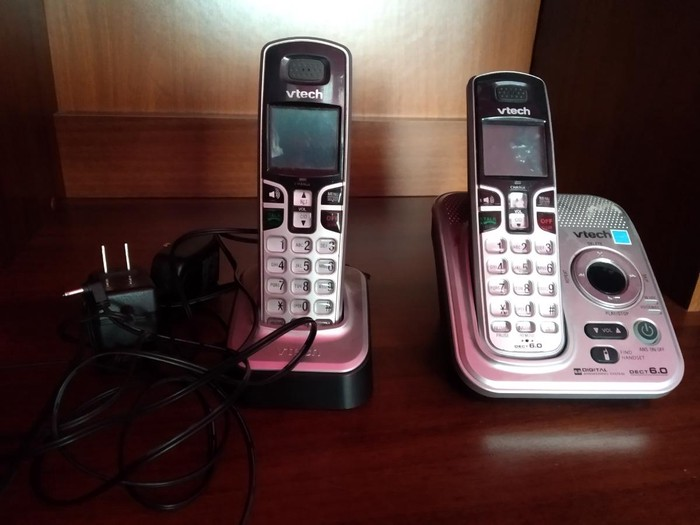 Продаю стационарный телефон безпроводной.. 1500с за полный комплект. Photo 1