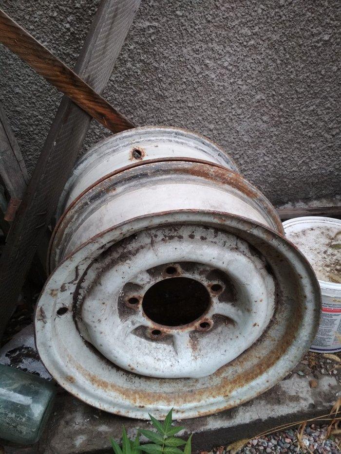 продаю диски от волги Р15 2-шт 500 сом в Бишкек