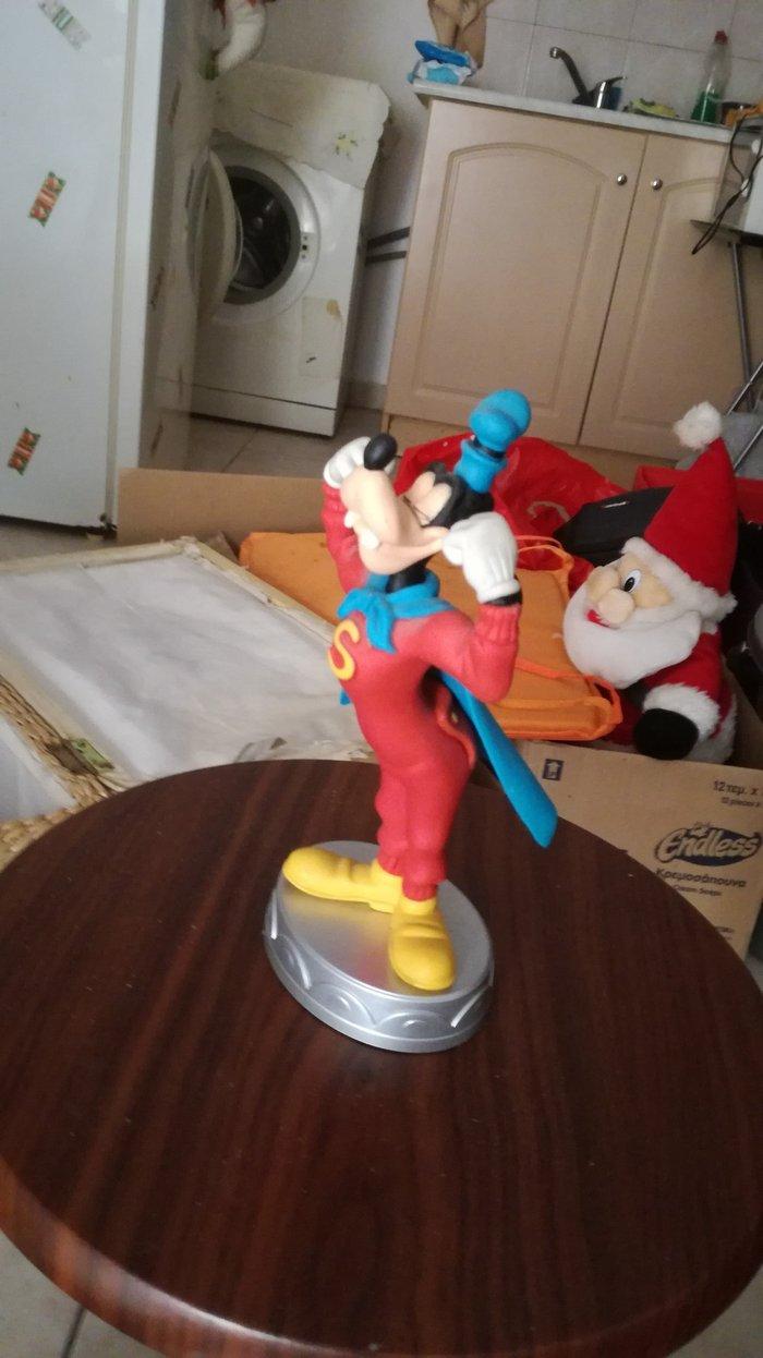 Super Goofy statuette from Deagostini's series Disney collection.. Photo 0
