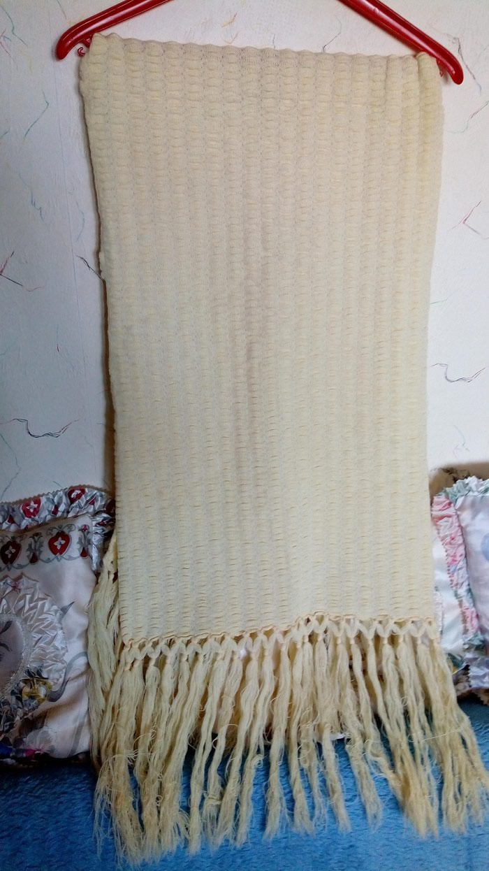 Pamucni nov,krem zenski sal. duz. 135 cm,bez resa. sirina 50cm