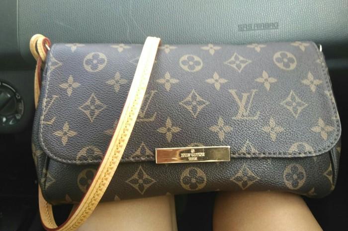 Τσάντα Louis Vuitton. Photo 1
