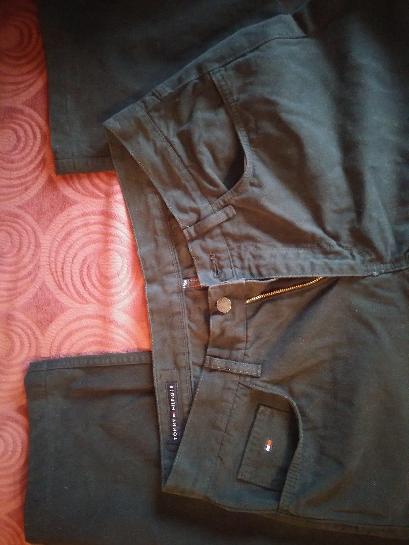 Παντελόνι HILGIGER, γνήσιο, μαύρο, τελείως αφόρετο, μέγεθος 34, από την προσωπική μου καρνταρόμπα