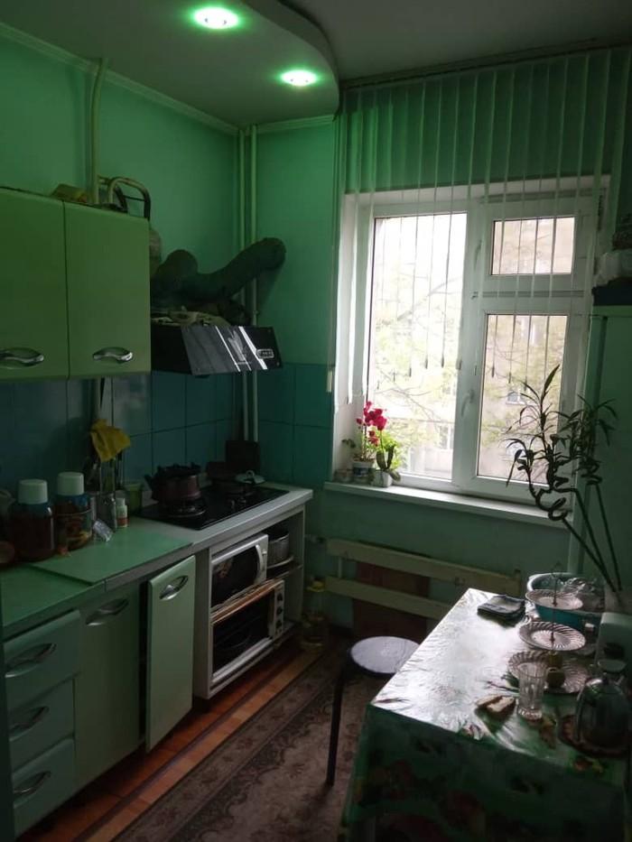 Продается квартира: 3 комнаты, кв. м., Ош. Photo 5