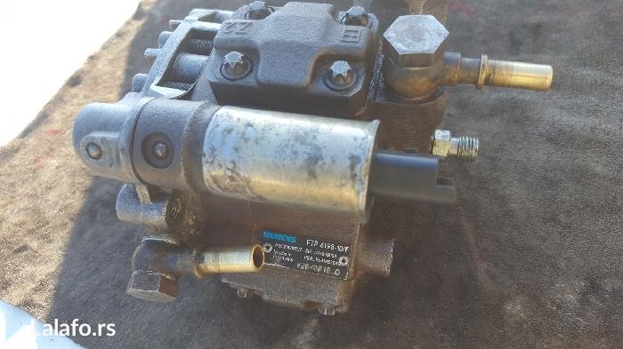 Simens pumpa za gorivo fiesta 1. 4 tdci odlicna! 0641332800-viber - Smederevo