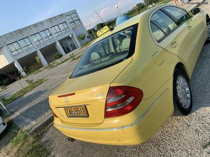 Mercedes-Benz E 220 2003. Photo 0