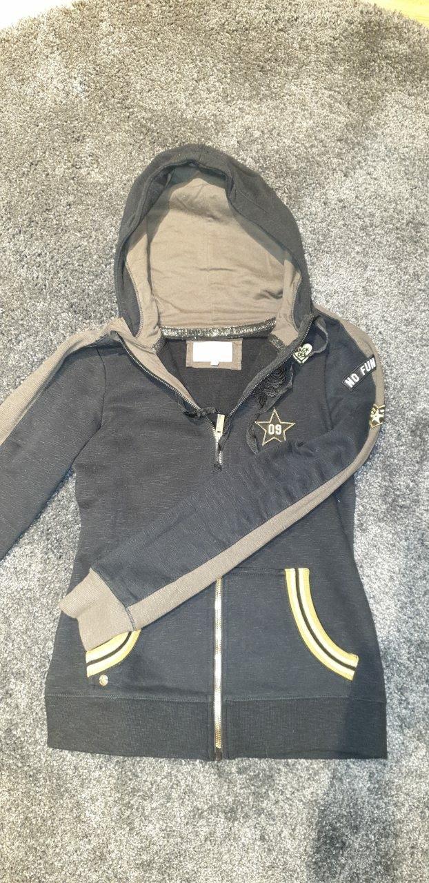 Zenska jakna. Photo 0