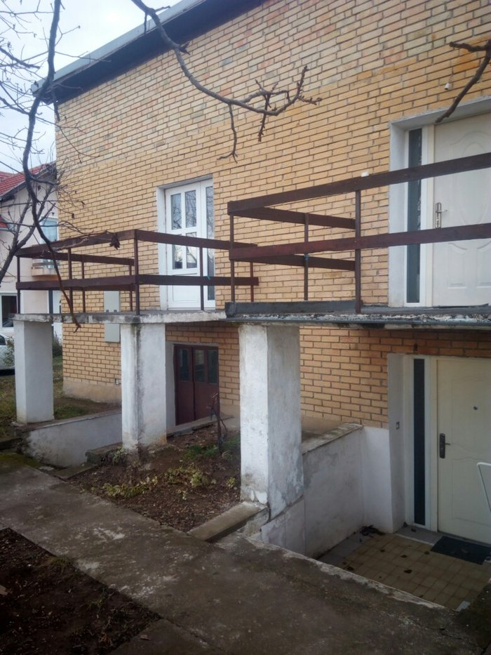 - Novi Sad