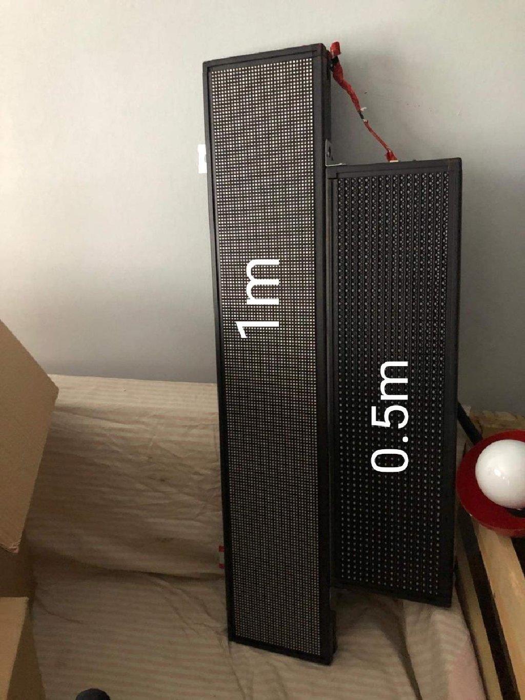 Επιγραφές LED 2 ΤΜΧ ευκαιρία και 3 πινακακια με ρεύμα δωρεάν100€ όλα