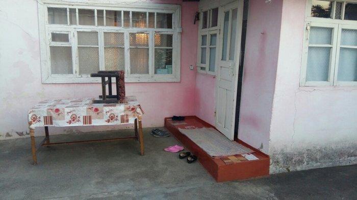 Xaçmaz şəhərində Xacmaz şəhərində Ali Mustafayev küçəsində ev satılır . Bir