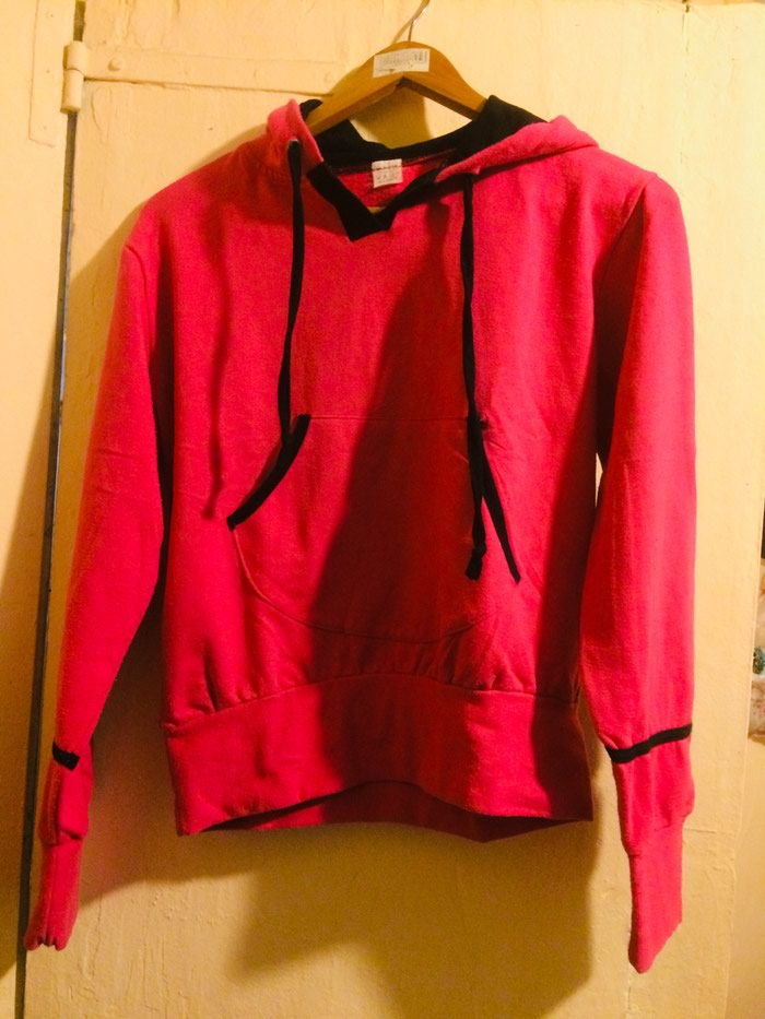 Hoodie for woman . Photo 0