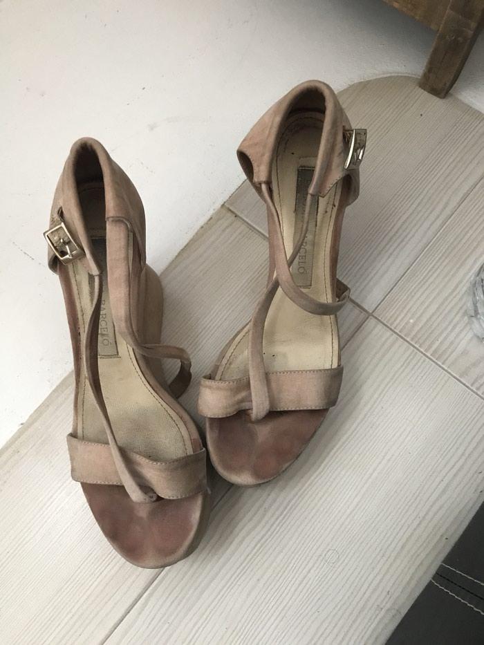 Ženske Sandale i Japanke - Beograd: Paloma barcelo sandale broj 37 puna cena im je bila 389eur nosene dosta ali u ok stanju i dalje !!!!