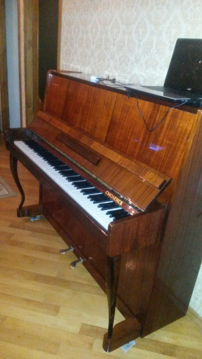 Pianino Fiqurnu Ayaqlı fabrikin parlovkası hələdə üstündədi. Photo 0
