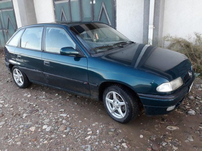 Opel Astra 1996 в Душанбе