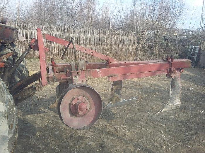Ağdaş şəhərində Tecili satilir rahat kotandir te 28 traktoru isledir  razilasma yolu