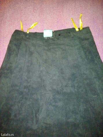 C&a plisirana crna suknja (sa postavom) vel. 40. L, duzina 70cm,. Photo 4