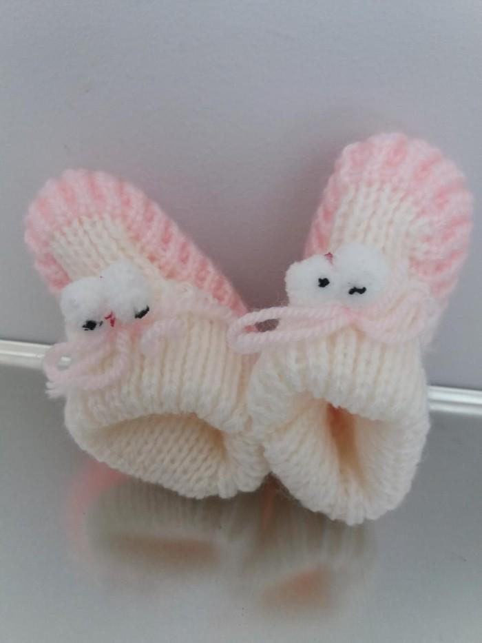 Χειροποιητα πλεκτα παπουτσακια, απαλα και ζεστα. Photo 1