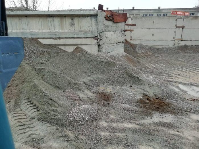 Отсев щебень гравий камни чернозем перегной глина зил доставка . Photo 2
