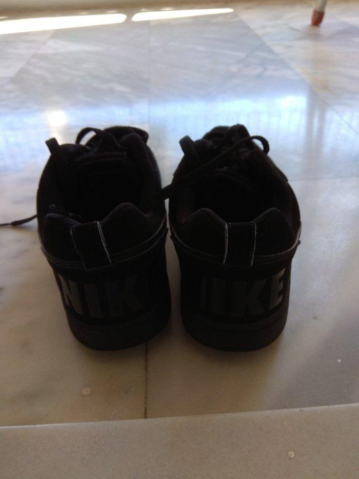 Nike  μαύρα παπούτσια ανδρικά σε άριστη. Photo 4
