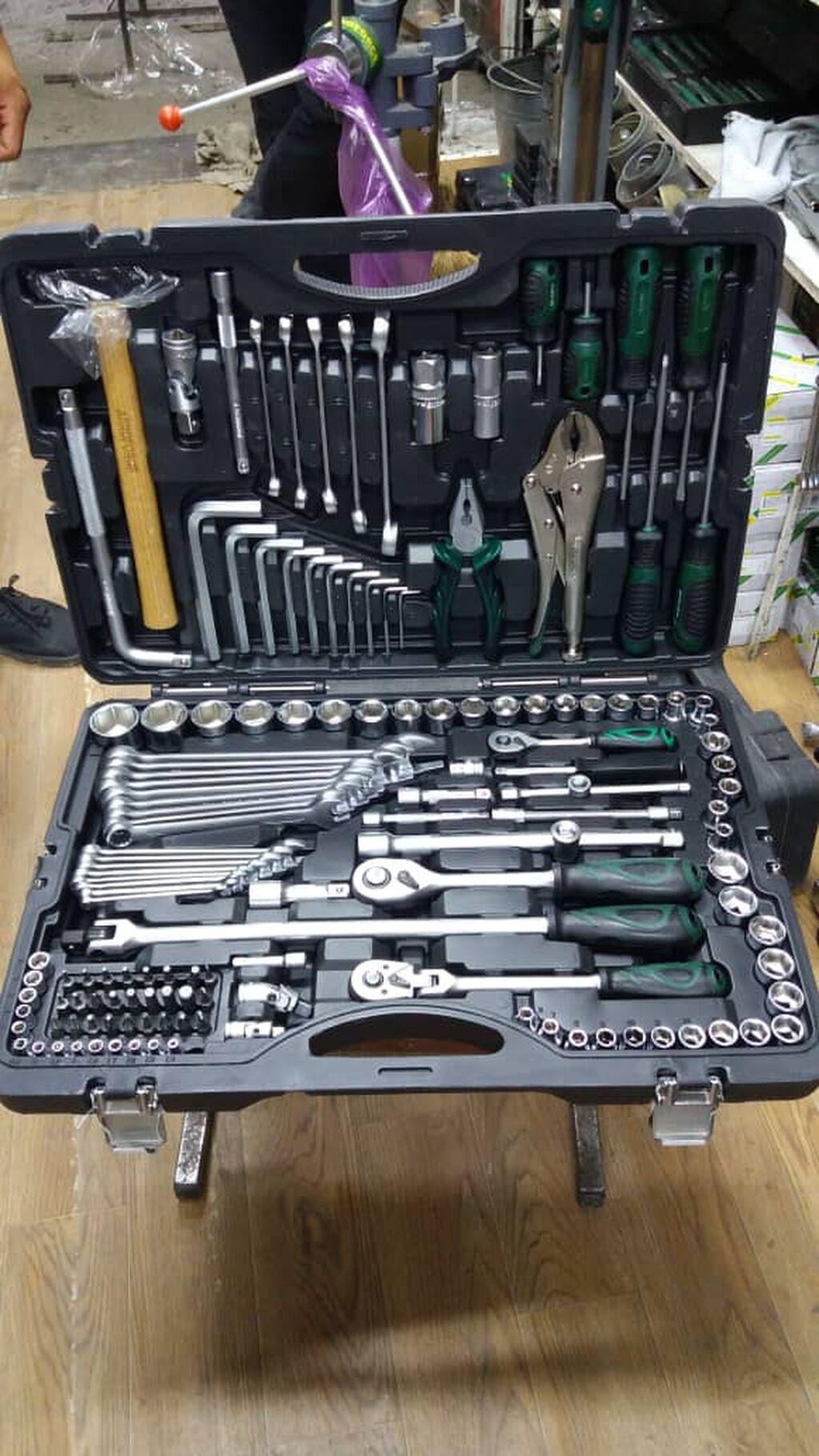 Набор инструментов Aeroforce 142