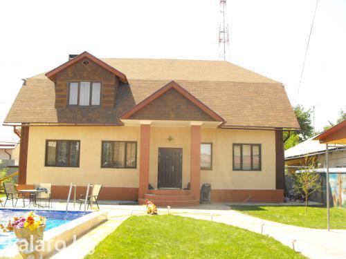 Новый дом 2008 года постройки, находящийся в центральной части in Бишкек