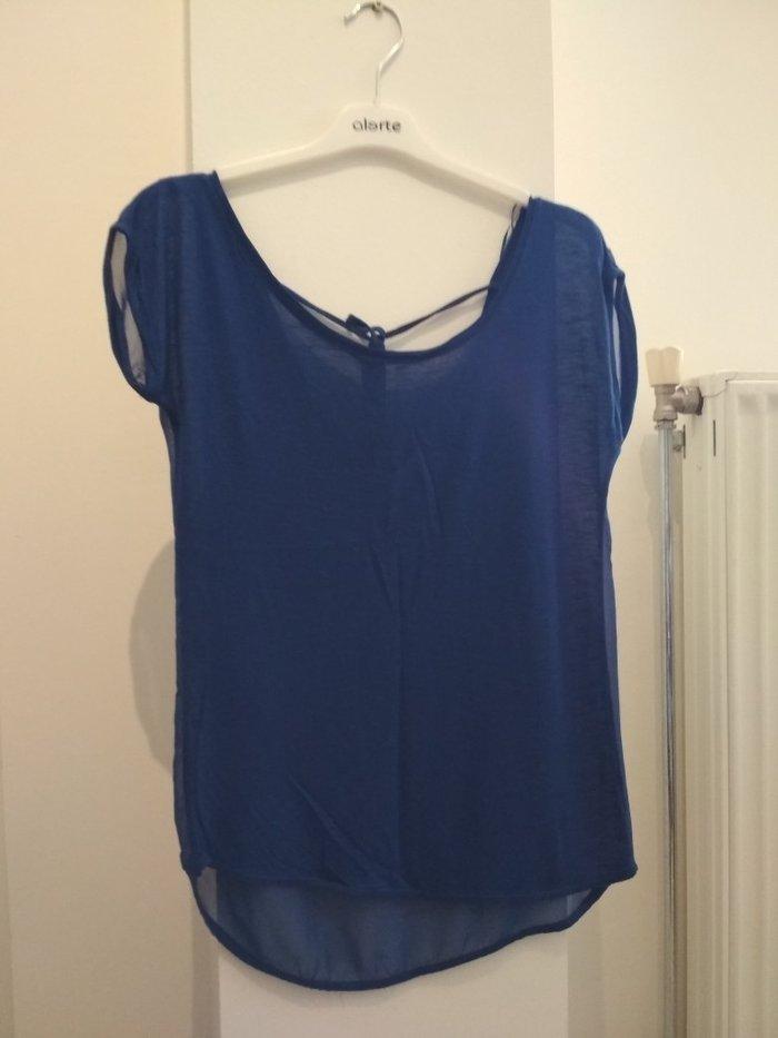 Μπλε ρουά μπλούζα με διάφανη πλάτη (Stradivarius, no S). Photo 0