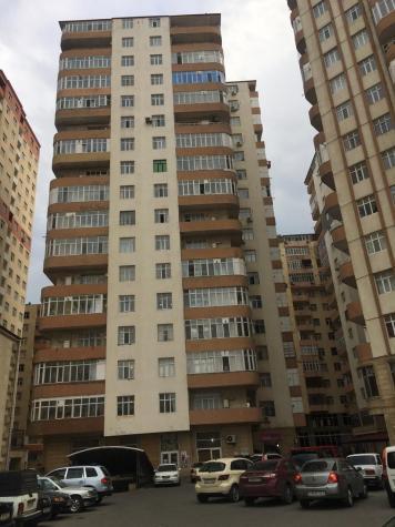 Mənzil satılır: 2 otaqlı, 71 kv. m., Bakı. Photo 8