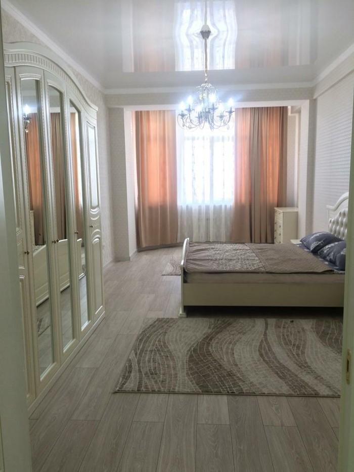 Сдается квартира: 3 комнаты, 140 кв. м., Бишкек. Photo 8