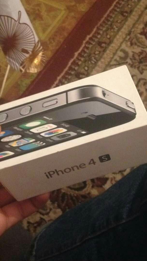 айфон4S продаю срочно в Лебединовка
