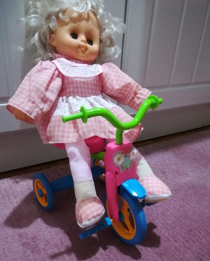 Prelepa lutka na. biciklu očuvana. Photo 1