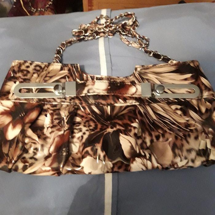 f17181872c23 Продается новая сумочка клатч . Торг уместен. за 500 KGS в Бишкеке ...