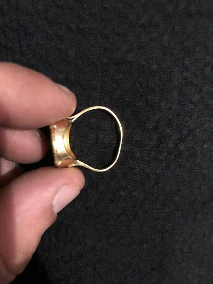 Καθαρο χρυσο δαχτυλιδι λιρα κ9 βαρος  12 γραμμ.. Photo 3