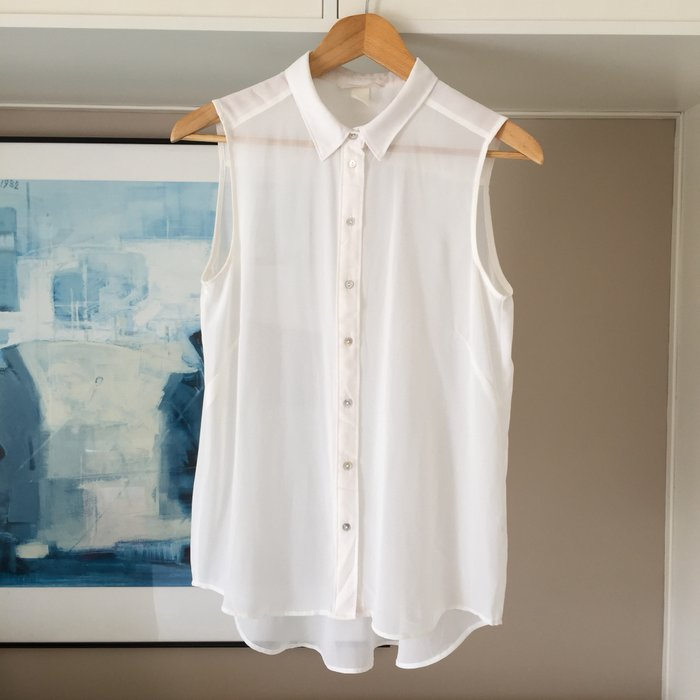 H&M λευκό, αμάνικο,διάφανο πουκάμισο σε Νέα Σμύρνη