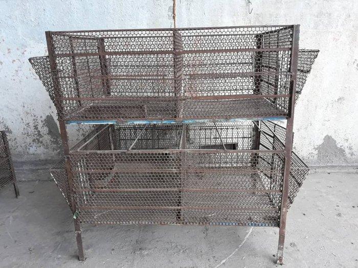 Кролики продаю клетки для кроликов в Беловодском