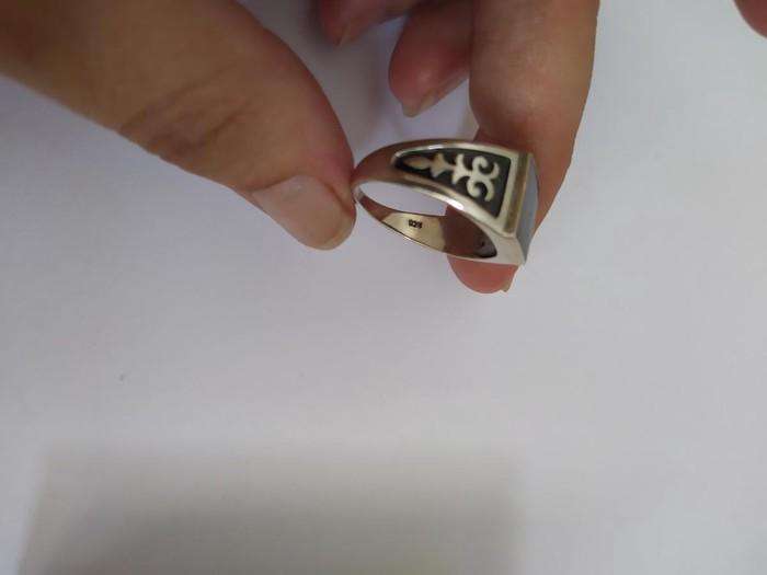 Продается мужс кольцо 925проба новый. Photo 2