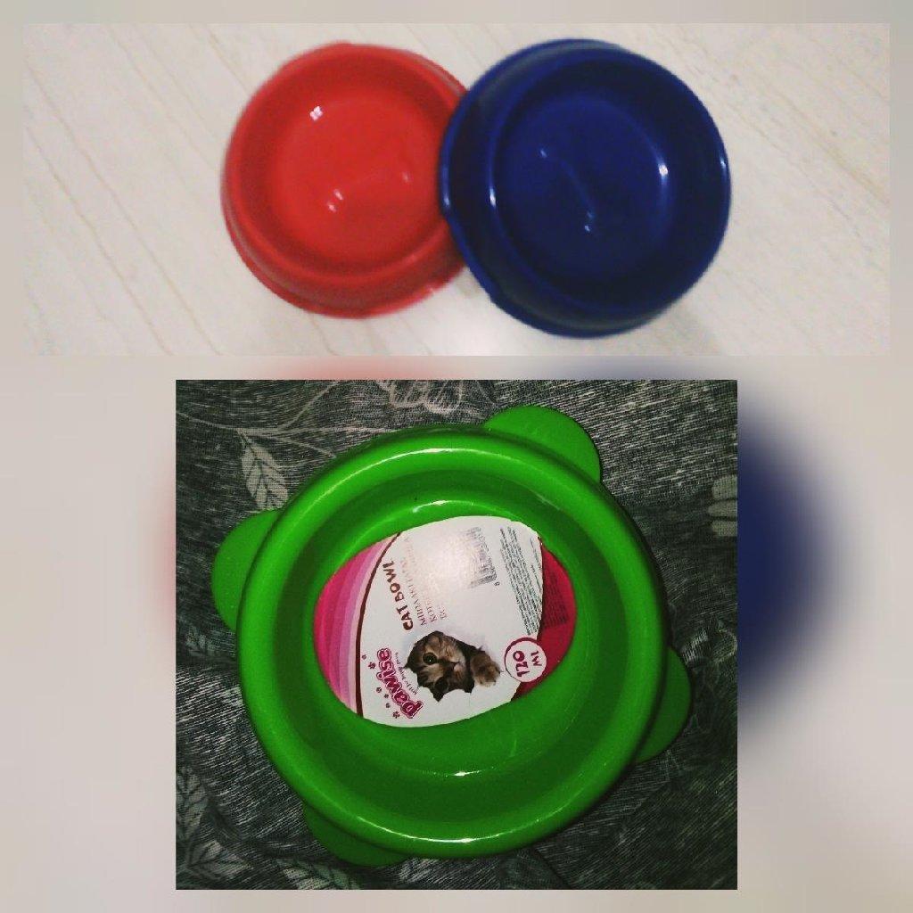 Δύο μεγάλα μπολ μεγάλα κόκκινο και μπλε ελαφρώς μεταχειρισμένο και ένα πράσινο μικρό ΟΛΟΚΑΙΝΟΥΡΙΟ