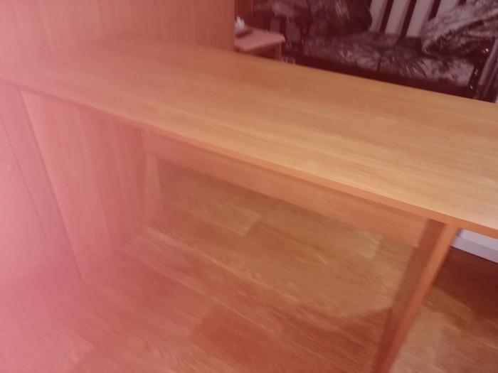 Продам письменный стол в отличном состоянии.. Photo 2