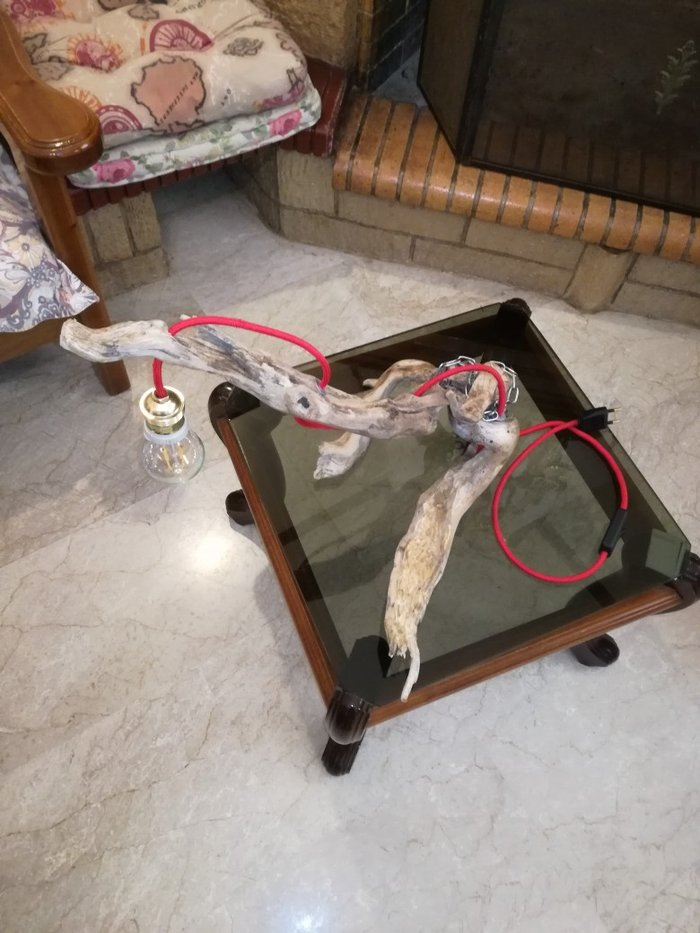 Χειροποίητο επιτραπέζιο φωτιστικό..με. Photo 1