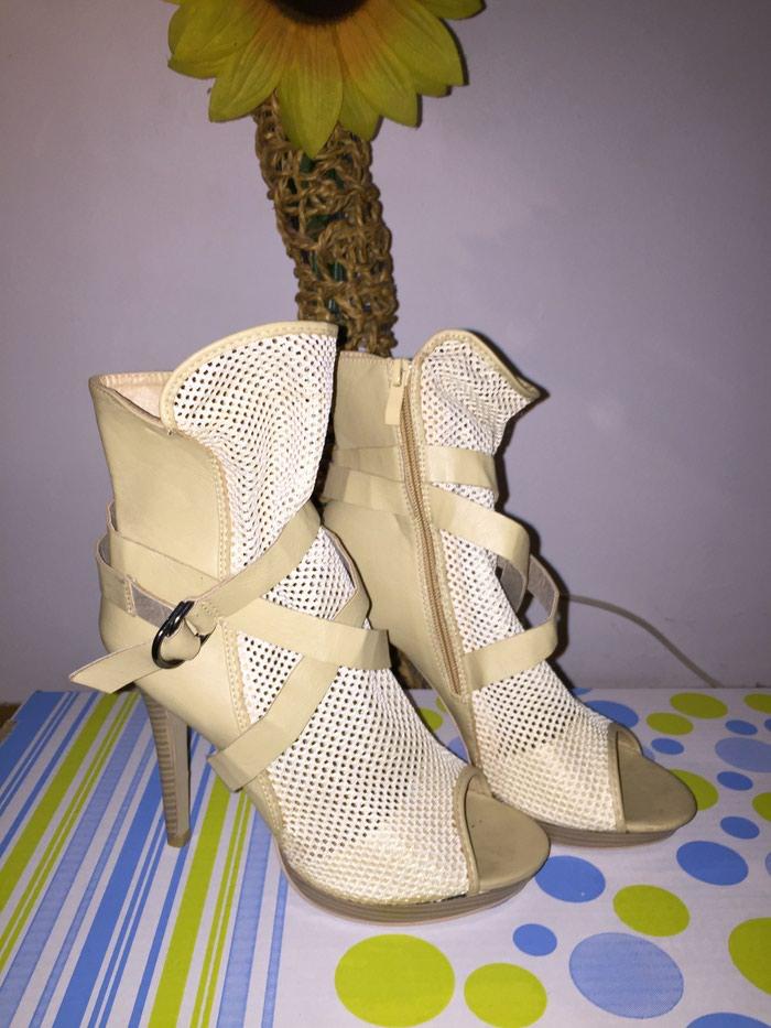 Štikla-sandala. Photo 0
