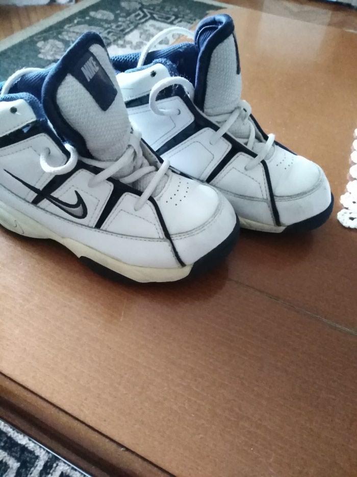 Nike patike kožne kao nove br. 27 unutrašnje gazište 16 cm. Photo 4