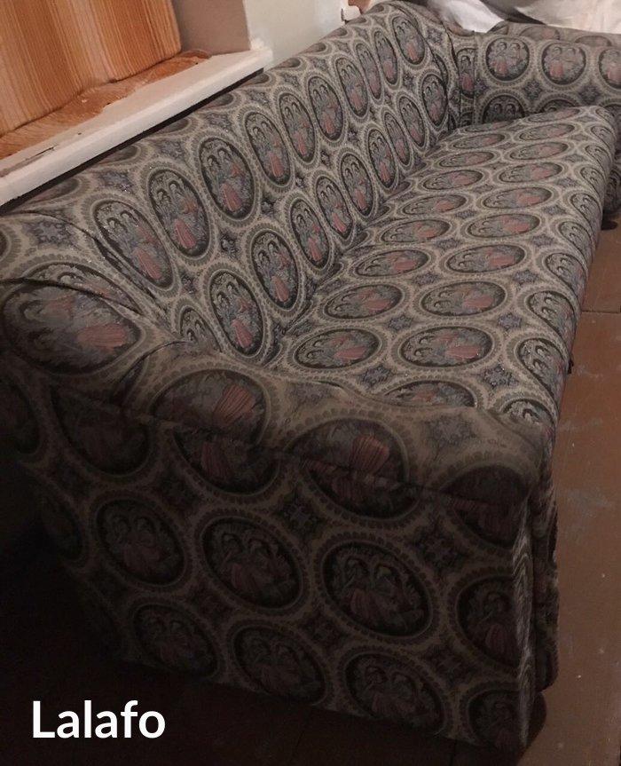 Bakı şəhərində Диван и два кресла. В хорошем состоянии. Самовывоз.