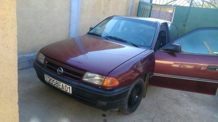Opel Astra 1992. Photo 0
