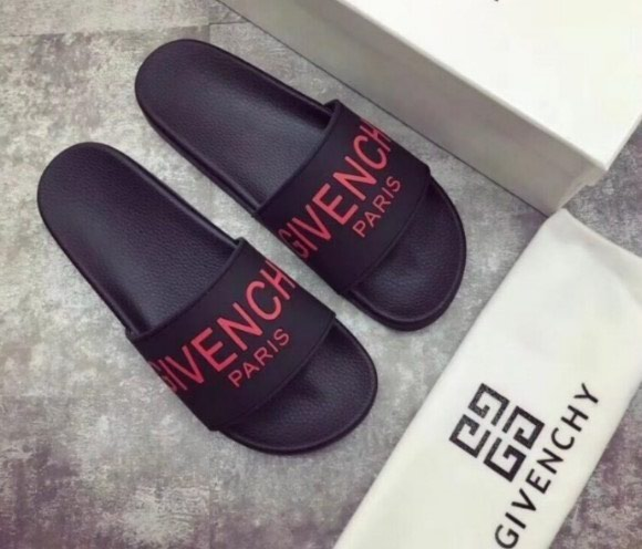 GIVENCHY ΣΑΓΙΟΝΑΡΕΣ(collection 2017).To προϊόν. Photo 7