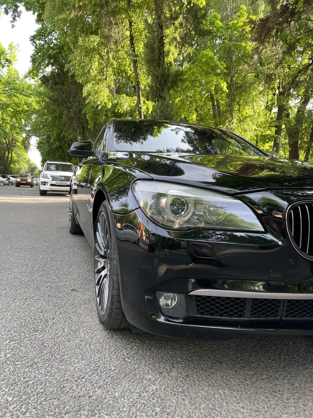 BMW 750 4.4 л. 2009 | 180000 км: BMW 750 4.4 л. 2009 | 180000 км