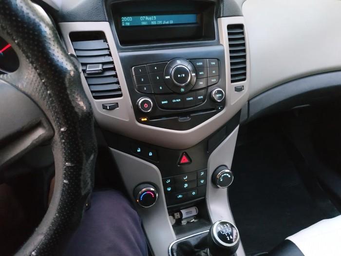 Chevrolet Cruze 2011. Photo 1