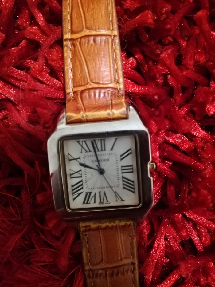 Cartier replica watch women quartz santos 100.Αρχική τιμή 200 €
