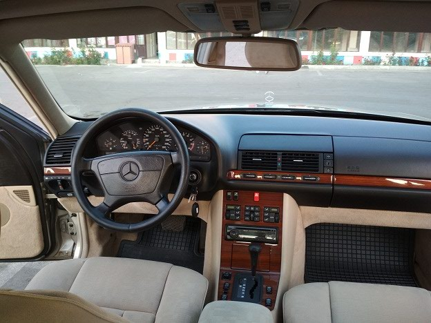 Mercedes-Benz S 320 1992. Photo 8