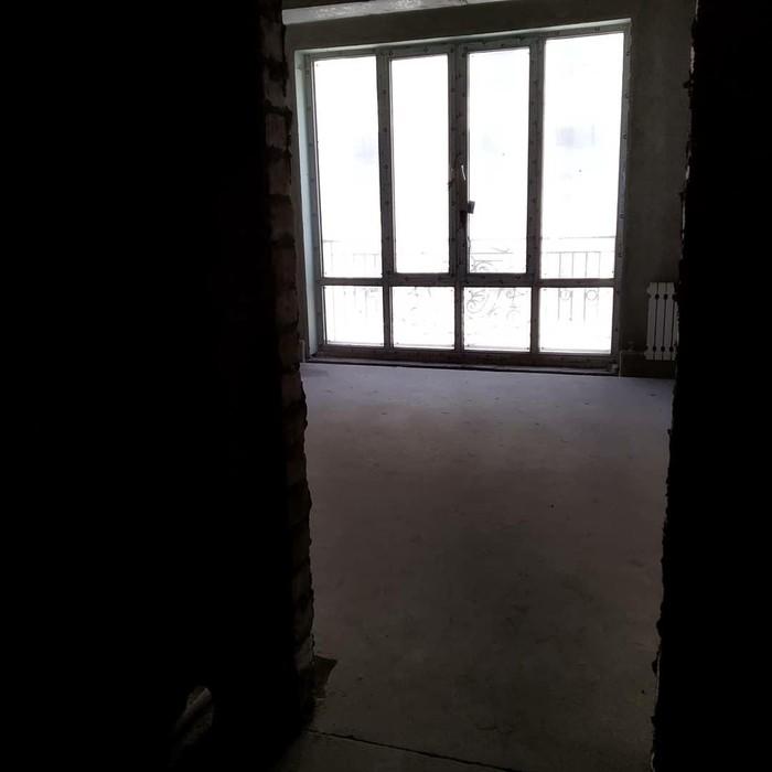 Продается квартира: 3 комнаты, 130 кв. м., Бишкек. Photo 2