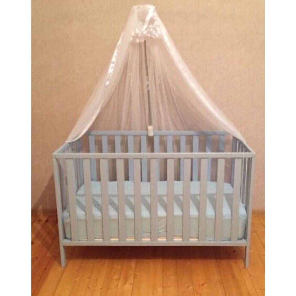 Mothercare besik 270 azn alinib dmeek olar yatmayib usaq  matras perde ile birlikde 170 azn satilir ceyranbatanda balas