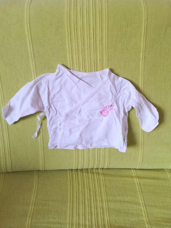 Pamučna bluzica na preklop vel 62, Todor, obim ispod pazuha 44 cm, dužina 20 cm, nošen ali očuvan, imam dva komada